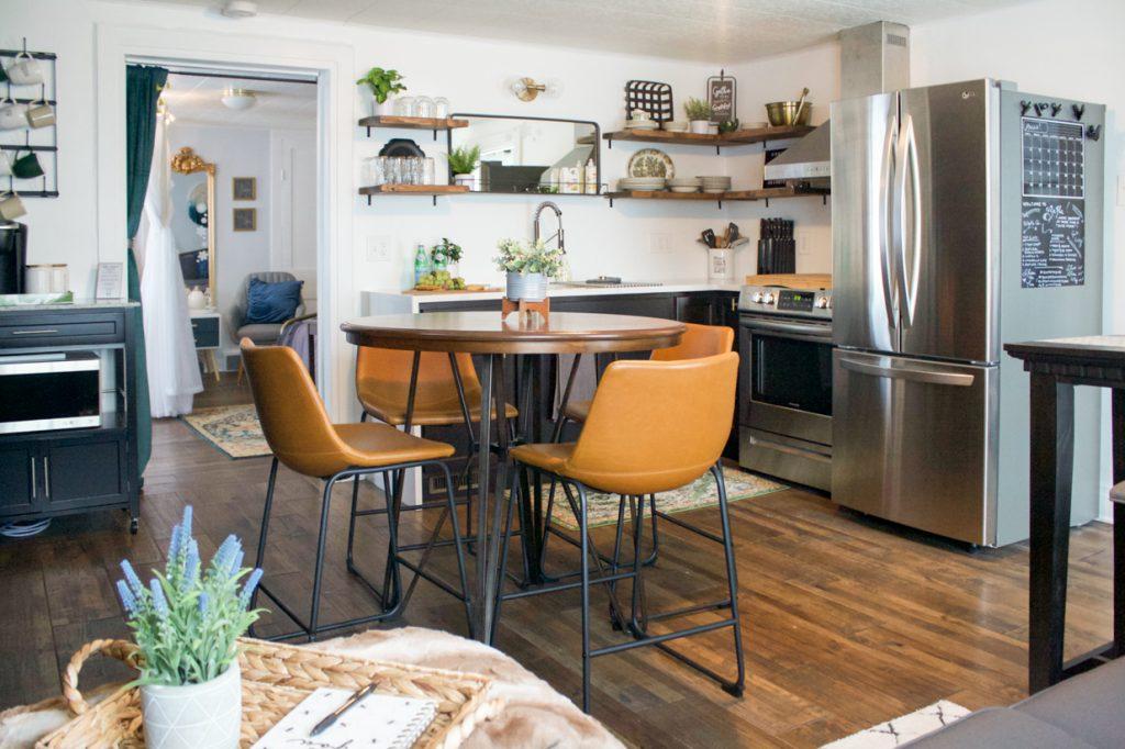 petit appartement salle à manger