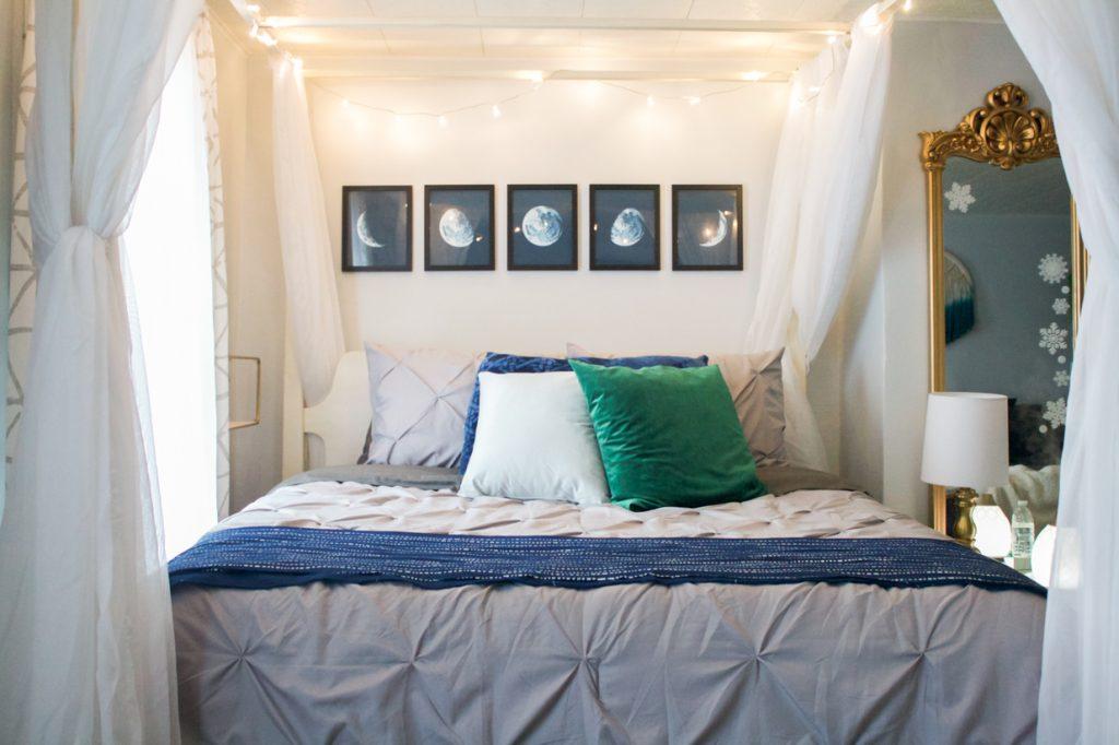 phases de lune art au-dessus du lit