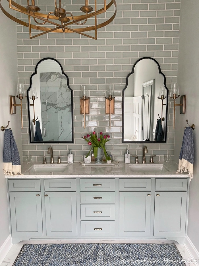 l'hospitalité du sudnouvelle-traditionnelle-moderne-salle-de-bain-rénovation