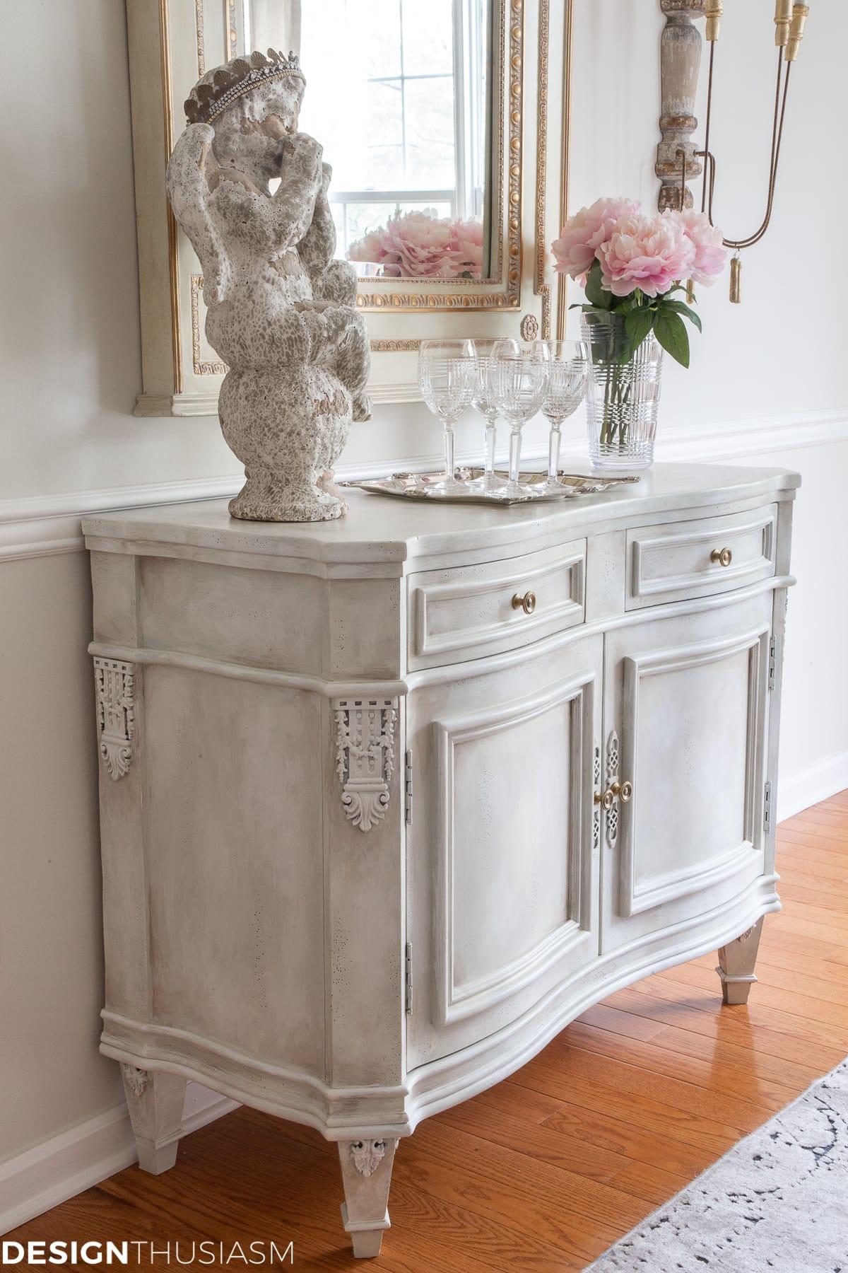 Buffet vintage peinture craie blanche